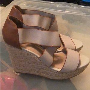 Super cute wedge sandal worn once